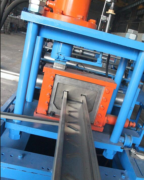 Solar panel structure roll forming machine