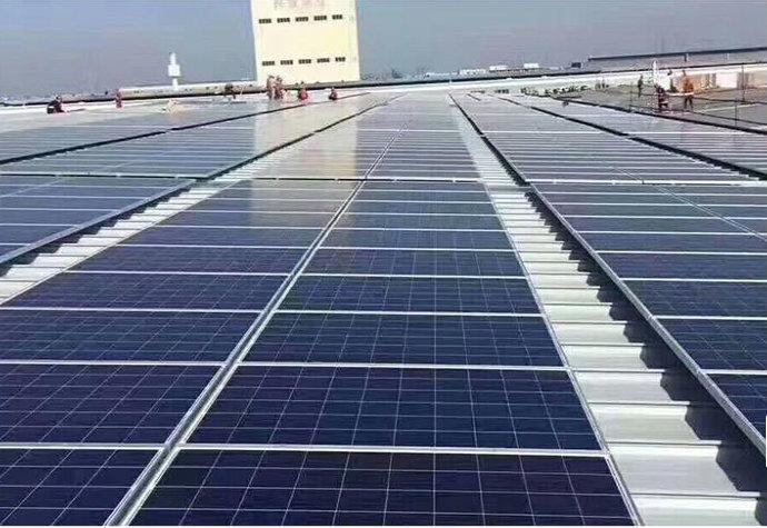 Наземная солнечная система стойка профилегибочная машина