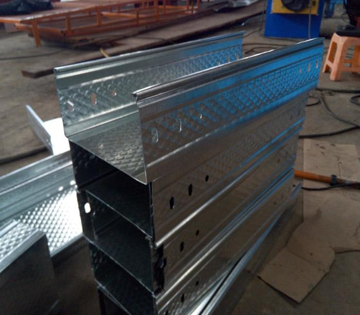 оборудование для производителя кабель каналов металлических лотков