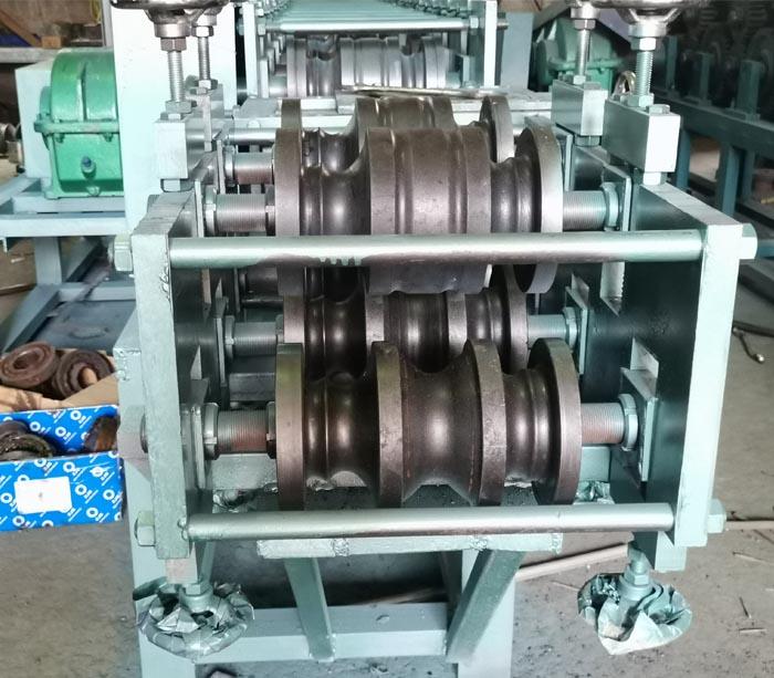 Профилегибочная машина для перил поручень